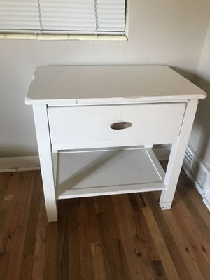 Small End Table w/drawer for Sale in Salt Lake City, UT