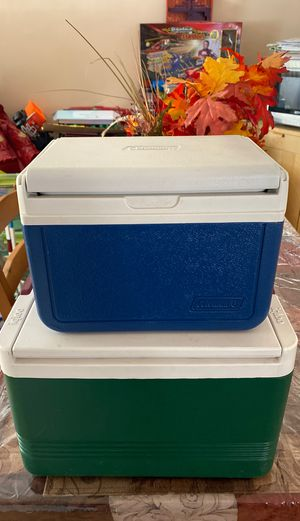 IGLOO VINTAGE MINI COOLER Set of two! for Sale in Downey, CA