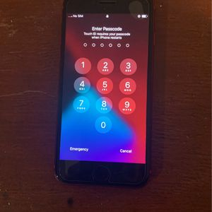 LG 6 N iPhone Se for Sale in Philadelphia, PA