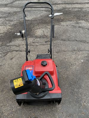 Toro power clear 180 pull or electric start 4 cycle for Sale in Downers Grove, IL
