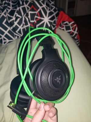 Razer Kraken USB - Black Noise Isolating Over-Ear Gaming Headset with Mic - Compatible with PC & Playstation 4 for Sale in Lancaster, CA