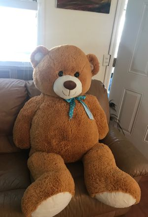 Life size teddy bear for Sale in Miramar, FL