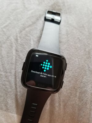 Fitbit Versa for Sale in Pittsburg, KS