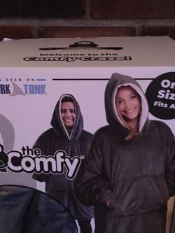 2 COMFY /Hooded PullOvers/Comforters for Sale in Lake Stevens,  WA