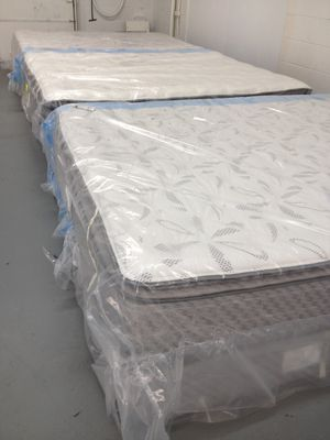 Mattresses Plush & Extra Plush for Sale in Chapin, SC