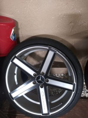 20 inch rims Mercedes for Sale in Hialeah, FL