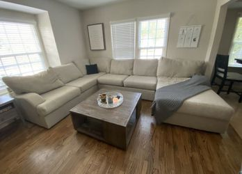 BEIGE 3 PIECE SECTIONAL for Sale in Sierra Madre,  CA
