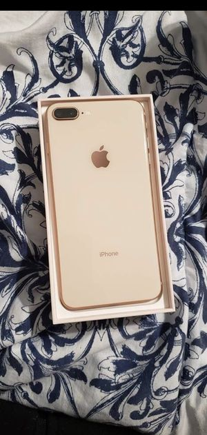 iPhone 8 Plus 64gb unlocked for Sale in Miami, FL