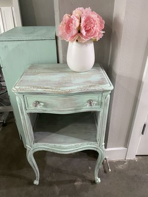 Vintage Nightstand Hand Painted Mint Chip Green for Sale in Los Angeles, CA