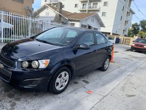 2015 Chevy sonic turbo for Sale in Hialeah, FL
