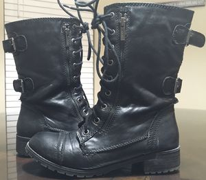 Size 9 women's leather sheikh boots black lace zipped zipper zip for Sale in Selma, CA