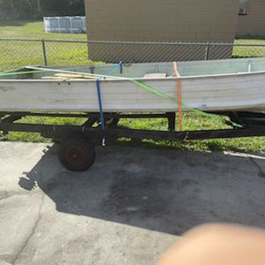 14 Foot V Bottom Boat for Sale in Auburndale, FL