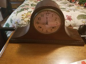 Antique Mantel clock for Sale in Whitesburg, GA