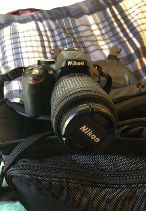 Nikon d5200 for Sale in Glen Burnie, MD