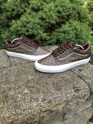 Vans LV custom size 12 for Sale in Green Brook Township, NJ