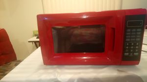 Red Microwave for Sale in Miramar, FL