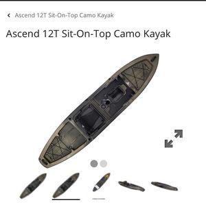 Bass Pro FS12T Sit On Top Fishing Kayak for Sale in Arlington, WA