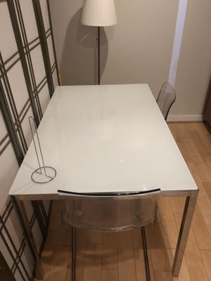 IKEA glass dinning table for Sale in Washington, DC