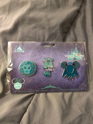 Disneyland/Disney Minnie Mouse: The Main Attraction The Haunted Mansion Pin Set Series 10/12 for Sale in Redondo Beach, CA