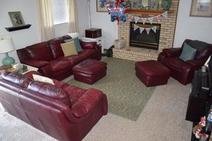 Leather Couch Set (5 pieces) for Sale in NO POTOMAC, MD