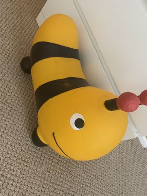 KIDS BOUNCY BEE TOY! for Sale in Culver City, CA