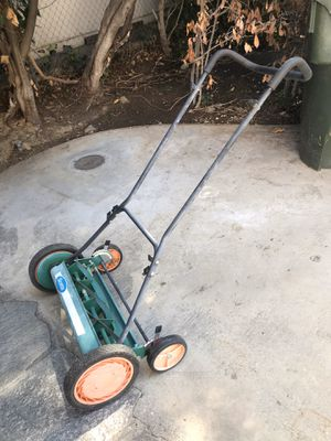 """Scott's 22"""" Push Lawn Mower for Sale in Upland, CA"""