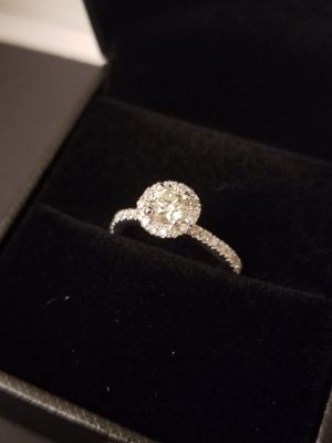 Halo diamond engagement ring for Sale in Dearborn, MI