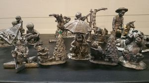 Michael Ricker Pewters Mini Statues for Sale in North Las Vegas, NV