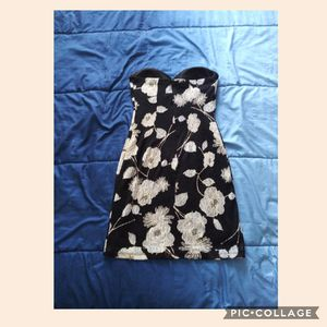 Size M strapless floral black dress for Sale in San Bernardino, CA