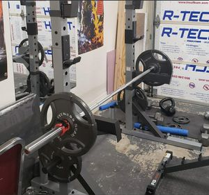 CAP Barbell Deluxe Power Rack (bench and weights not included) for Sale in Chino Hills, CA
