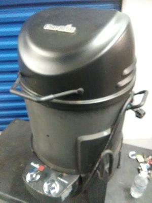 Deep fryer Char-Broil roaster smoker propane turkey cooker for Sale in Takoma Park, MD