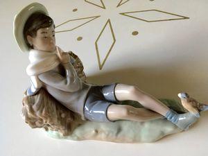 Vintage Lladro Porcelain Figurine for Sale in Phoenix, AZ
