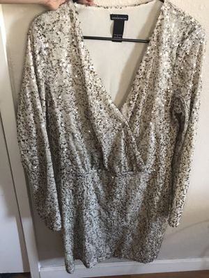 Beige, sparkly dress, size large for Sale in Tracy, CA