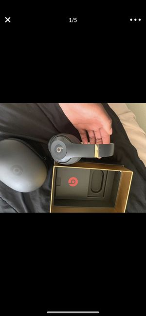 Beats studio wireless for Sale in Gahanna, OH
