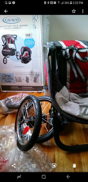 Graco Jogging stroller with car seat for Sale in Nottingham, MD