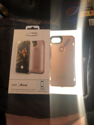 Lumee duo professional lighting for iPhone for Sale in Chico, CA