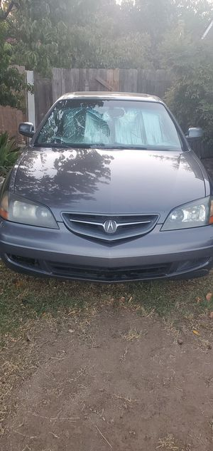Acura, for parts mainly. It does turn on and runs. Transmission rough but running. for Sale in Visalia, CA