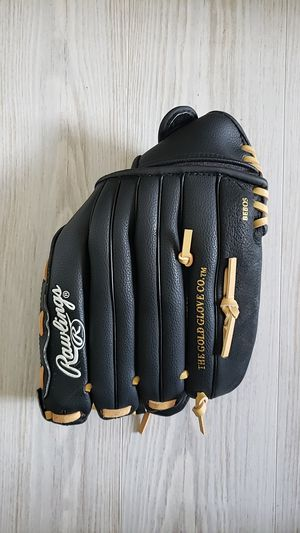 """Rawlings 13"""" RSB Series Slowpitch Softball Glove, Right Hand Throw for Sale in Miramar, FL"""