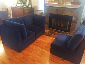Pottery Barn Burnett storage sectional couch or loveseat for Sale in Chicago, IL