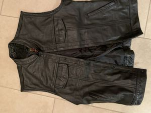 Leather motorcycle vest for Sale in Miramar, FL