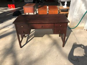 Desk for Sale in Batesburg-Leesville, SC