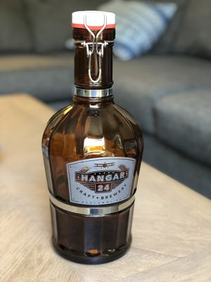 2 Liter Hanger 24 Beer Growler for Sale in Redlands, CA
