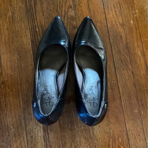 Black Closed-toed Heels for Sale in Hollywood, FL