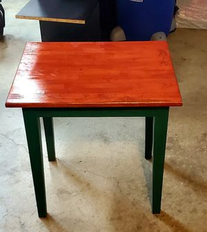 Darling Side Table for Sale in Gresham, OR