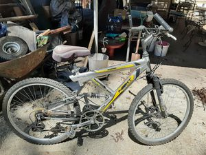 Mountain bike for Sale in Montgomery, AL