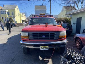 95 ford f450 superduty flatbed 7.3 turbo diesel for Sale in Paterson, NJ
