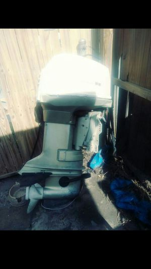 "1994 Bayliner Fiberglass outboard vessel. 16ft. X 7"". W trailer. .will sell w/o motor. for Sale in Tarpon Springs, FL"