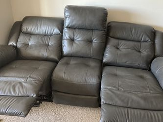 3 + 2 Seat Recliner for Sale in Munster,  IN