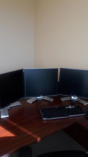 """DELL 19"""" Computer / PC Flat Panel Monitor for Sale in Las Vegas, NV"""