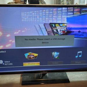 Panasonic Plasma HDTV 60 inch for Sale in Bellevue, WA
